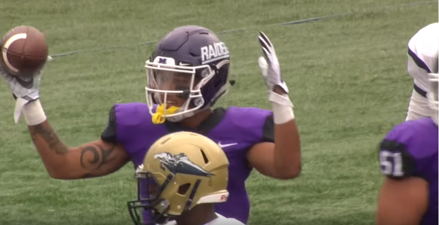 2015 Circleville Hs Grad Justin Hill Scores 4 Td S In Mount Union