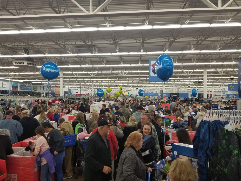 CIRCLEVILLE – Walmart started its Black Friday sales at 6 pm tonight. Deal grabbing and Christmas shopping has started already. Offering good prices on Tvs, ...