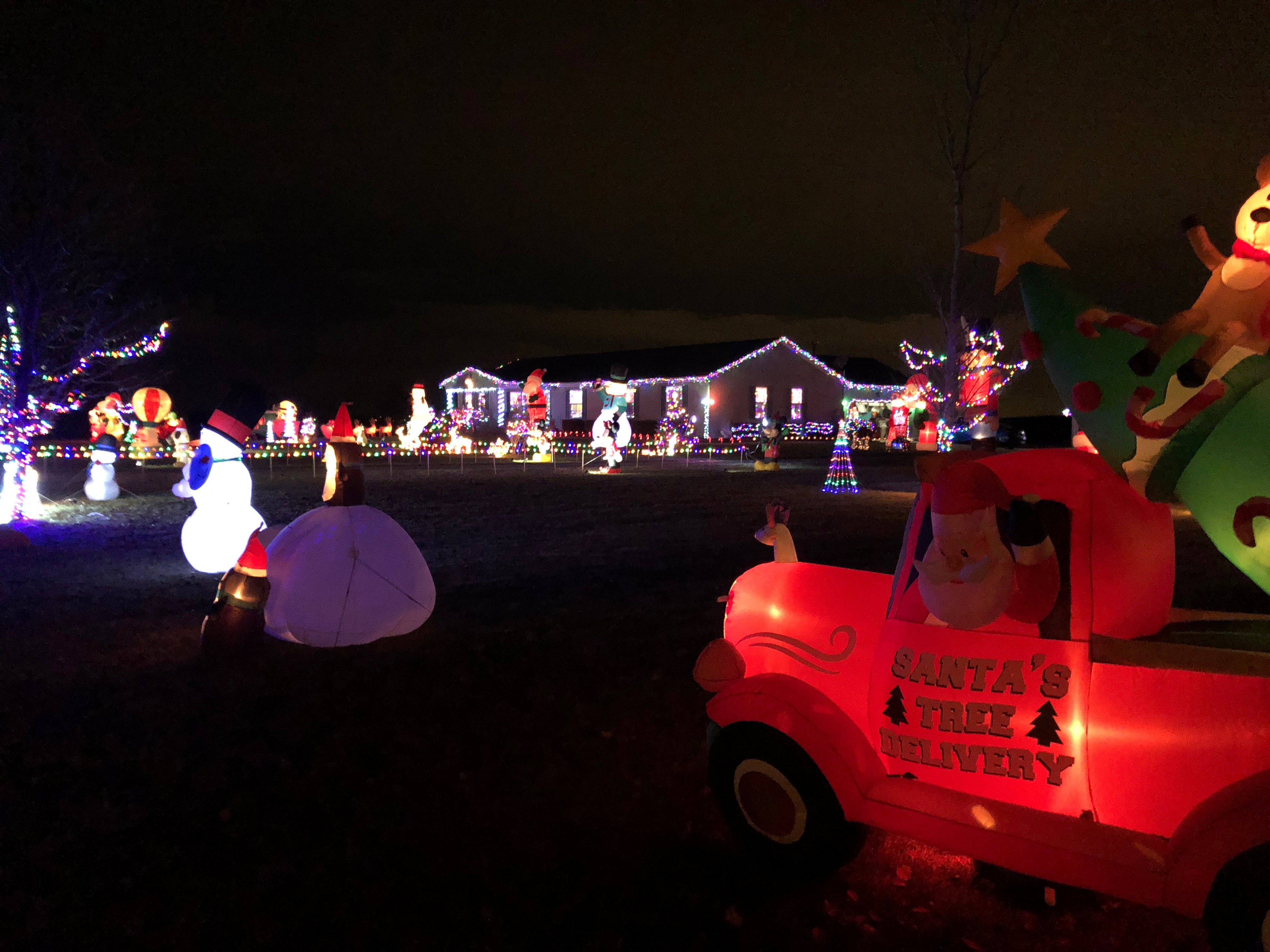 Local residents love christmas decorating scioto post so if its a windy day we dont set them up sometimes inflatables break down and we fix them or replace them said curtis publicscrutiny Image collections