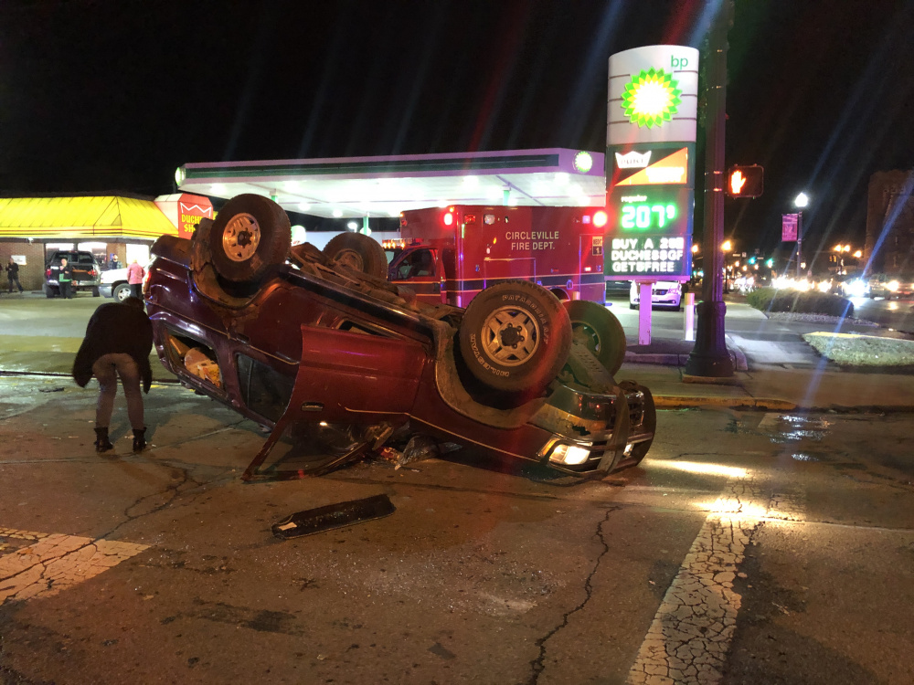 Accident Sends Truck on Top on Washington Ave  (video) - Scioto Post