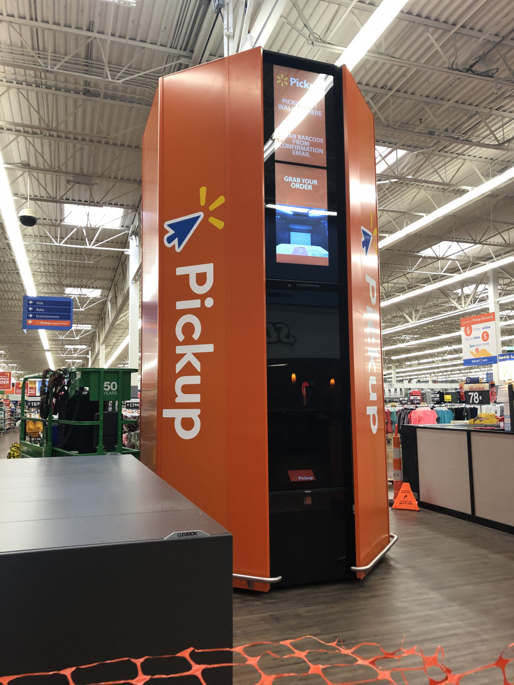 Circleville Walmart Adds 16 Foot Automated Pickup Tower